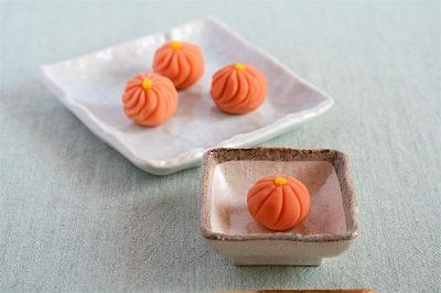 菊のミニ和菓子