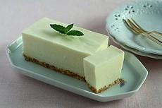なめらか レアチーズケーキ